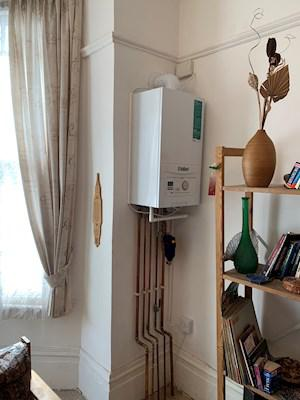 Image 25 - Combi Vaillant boiler install in Fincley road