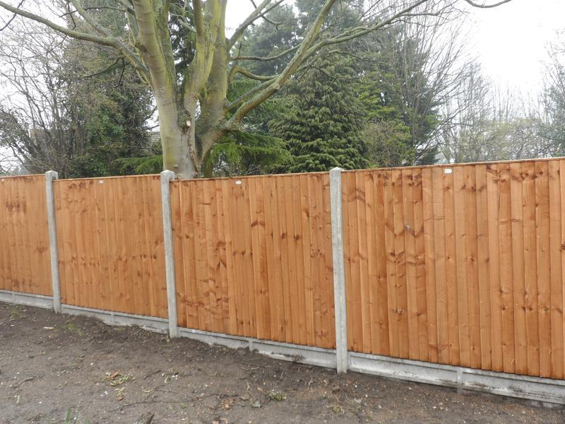 Image 14 - 6ft Close boarded fence