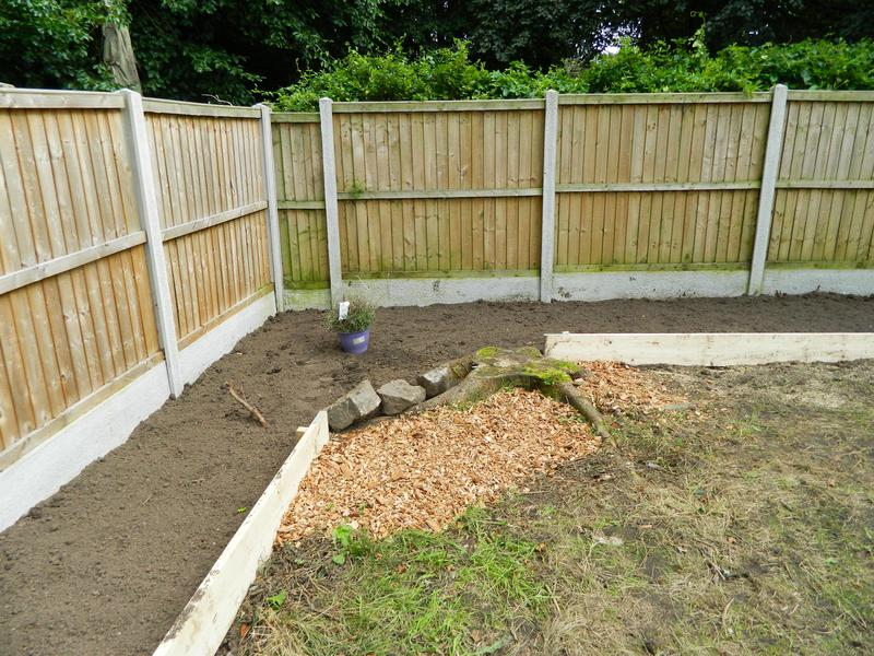 Image 5 - Sarah & Andy's Pleasant Retreat (Just Waiting For The New Grass Seed To Come Through On The Bank)!