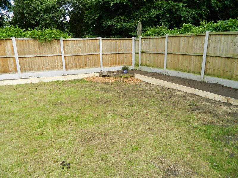 Image 2 - Sarah & Andy's Pleasant Retreat (Just Waiting For The New Grass Seed To Come Through On The Bank)!