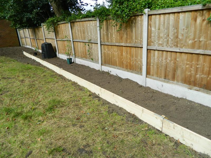 Image 4 - Sarah & Andy's Pleasant Retreat (Just Waiting For The New Grass Seed To Come Through On The Bank)!