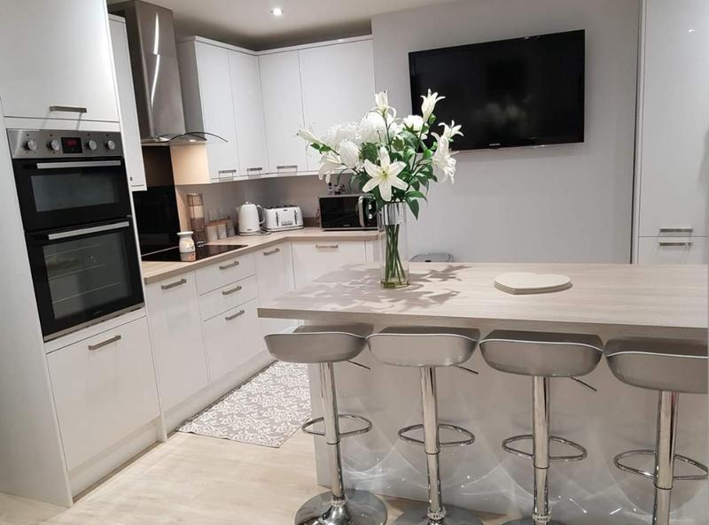 Image 18 - Kitchen Install -Farnham