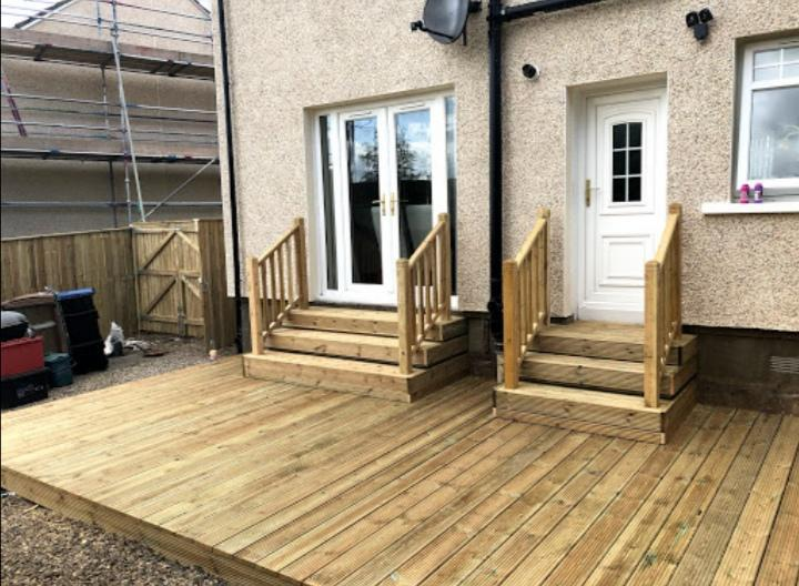 Image 21 - Decking and decking steps