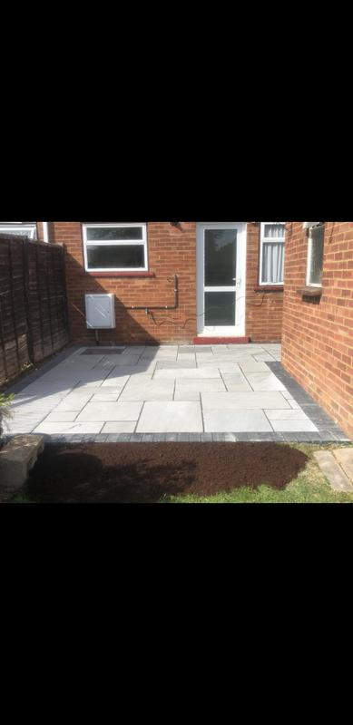 Image 9 - Indian sandstone with block edgings charcoal in bletchley