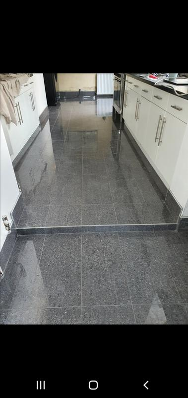 Image 3 - Kitchen floor complete with tiled skirtings