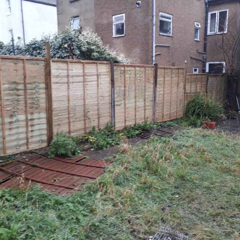 Image 87 - Fence repair /replacement