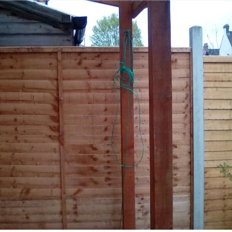Image 28 - New panel fencing supplied and fitted.