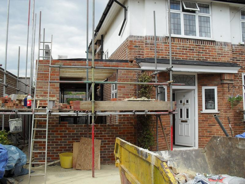 Image 3 - Extension front - during