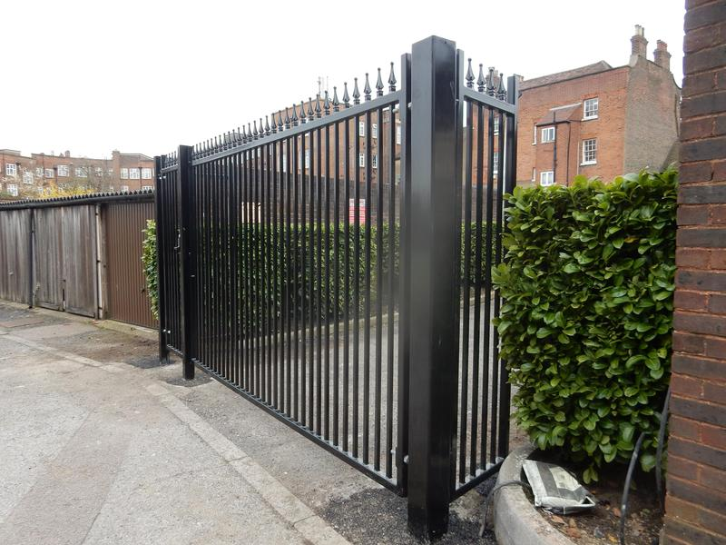 Image 42 - Commercial gates and railings