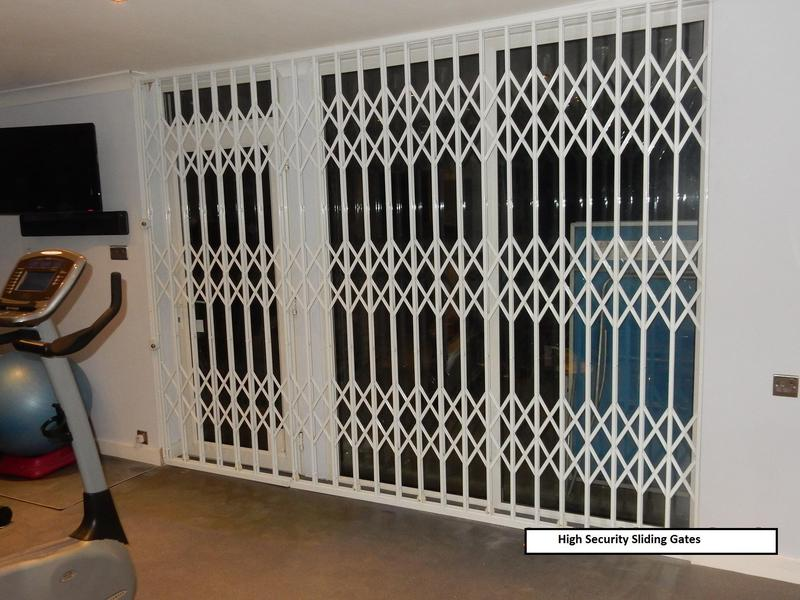 Image 31 - High security sliding gates with high security locks
