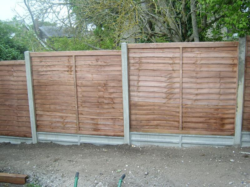 Image 55 - Concrete slotted fence posts gravel boards and lap fence panels
