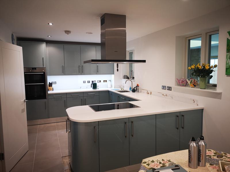 Image 3 - A Stunning Crown Imperial Rialto kitchen in Oxygen. We designed and installed this beauty in Bicester.