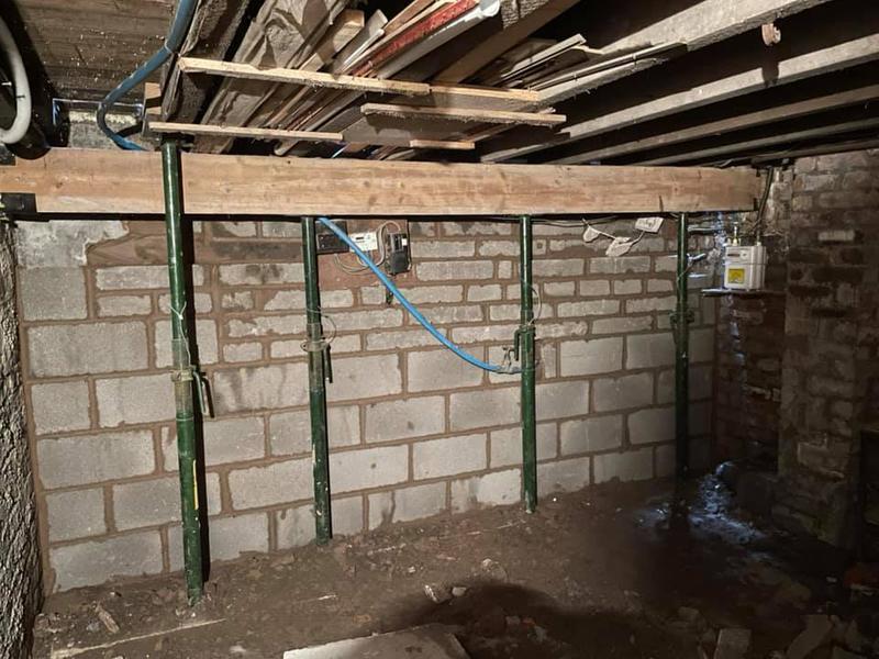 Image 134 - Stockport front rebuilt - During