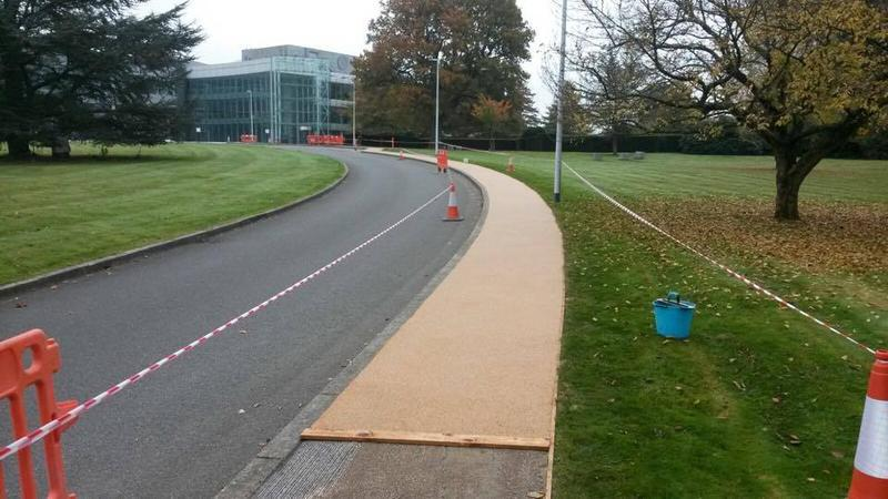 Image 16 - Resin paths being laid surrey Essex