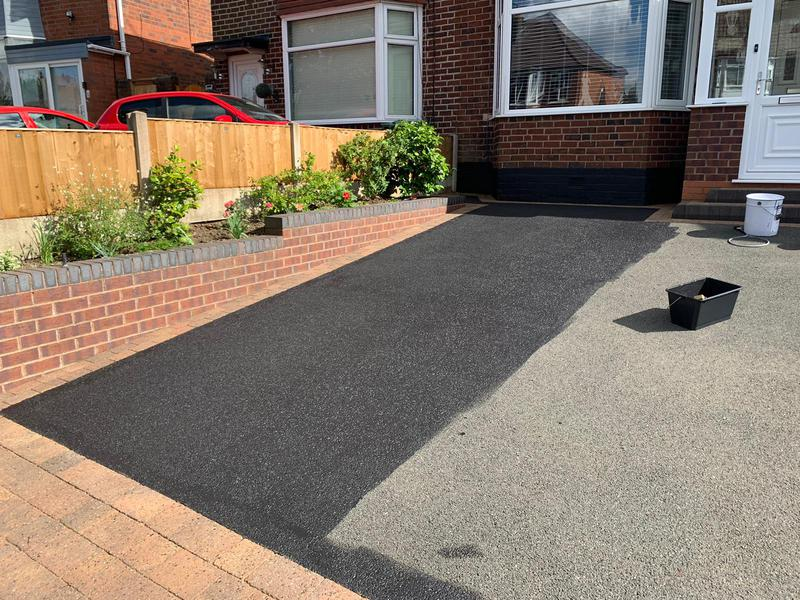 Image 4 - Pendress PowerClean Driveway Clean and Tarmac Sealer - during