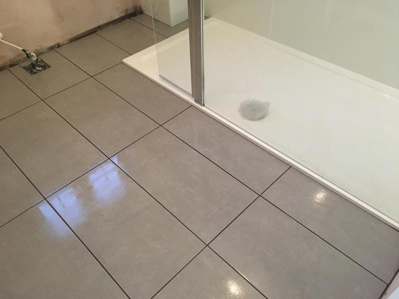 Image 128 - bathroom floor - 600 x 300 tiles installed