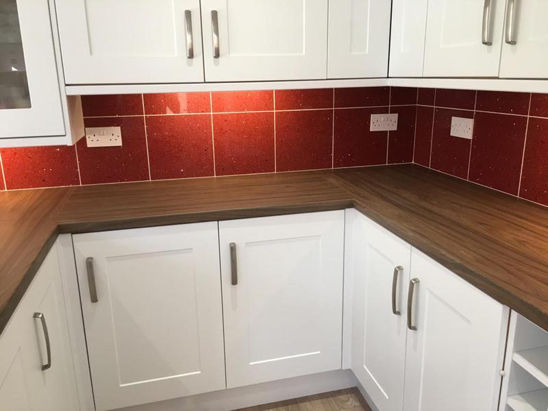 Image 144 - quartz tiles installed in a kitchen splash back