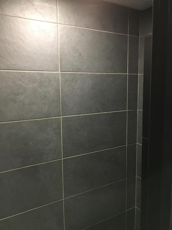 Image 154 - Porsche mens and ladies toilets
