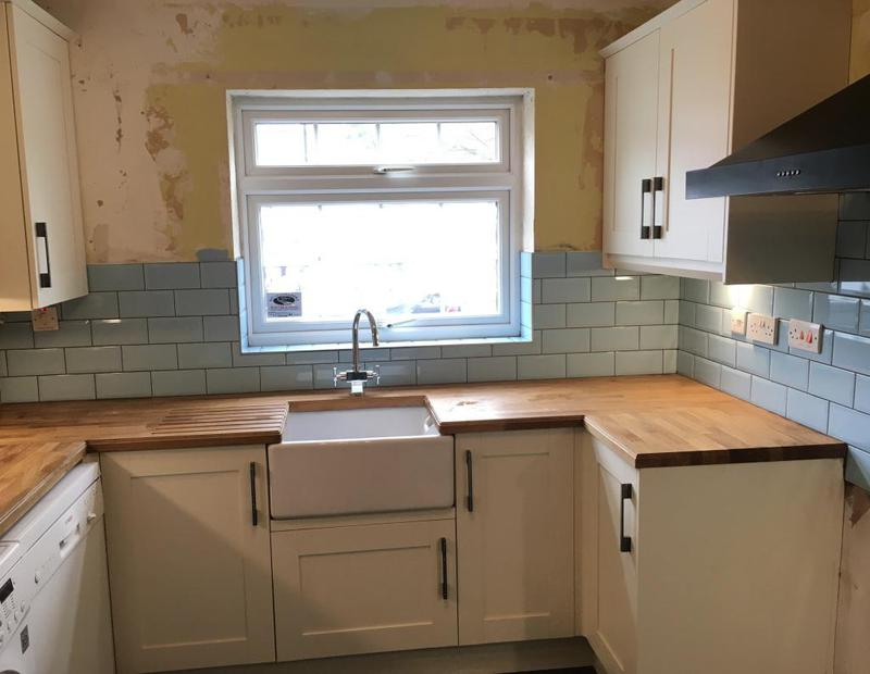 Image 158 - kitchen splash back in metro tiles