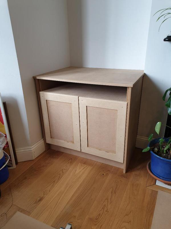 Image 3 - TV cupboard shaker style doors