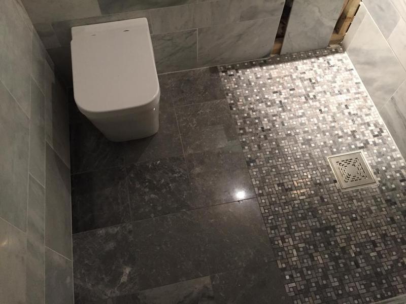 Image 29 - Mosaic shower tiling.