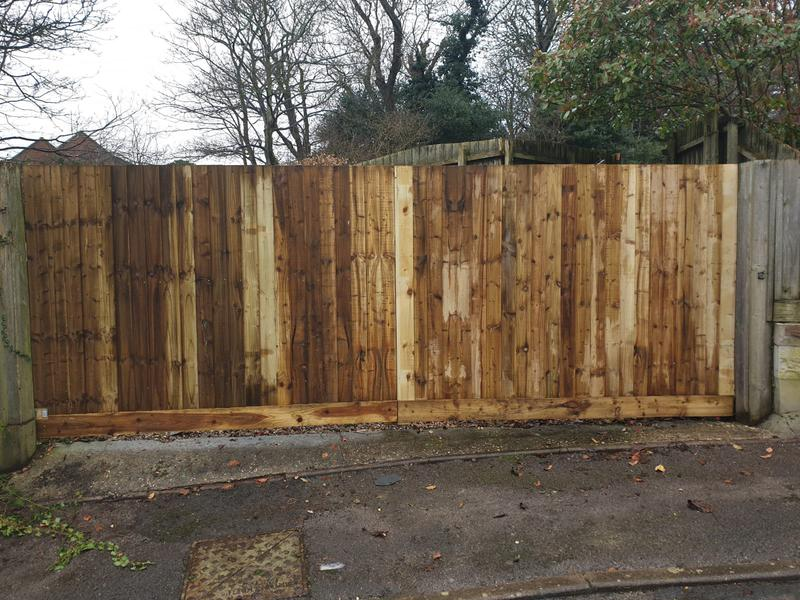 Image 217 - Timber clad five bar gate, Weymouth