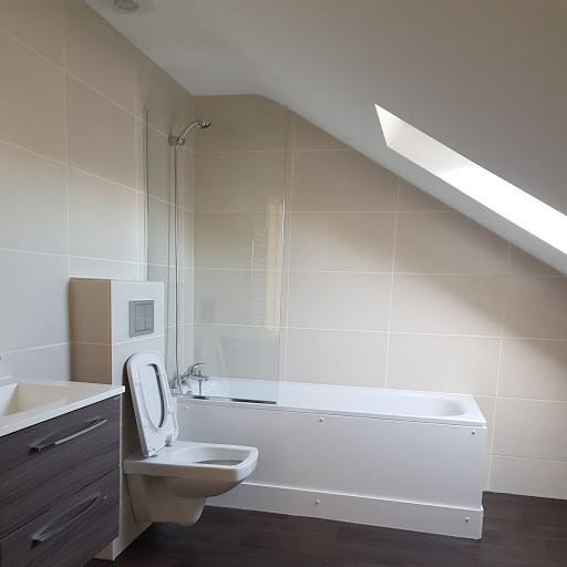 Image 130 - Loft work and bathroom installation
