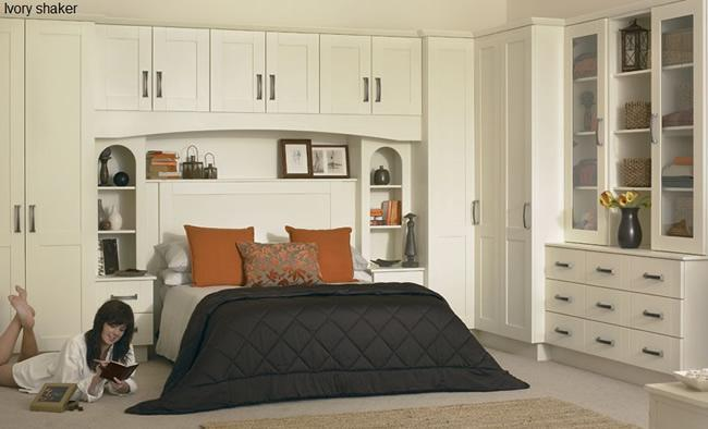 Image 7 - Traditional bedroom furniture