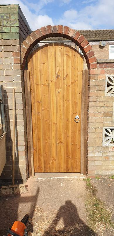 Image 14 - All types of garden gates installed