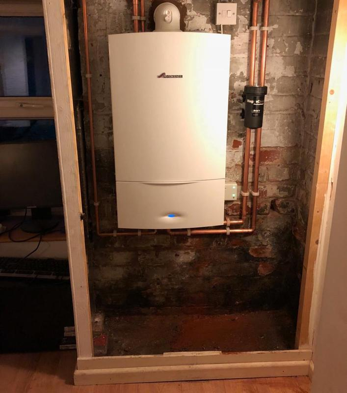 Image 33 - worcestor 34 cdi installed with 5 years warranty, magnaclean filter to keep the syetm clean and a new smart stat