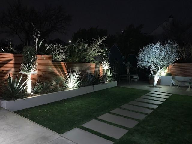 Image 6 - Garden LED spike lights.