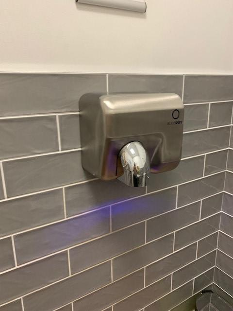 Image 11 - New hand dryer installed in commercial premises.