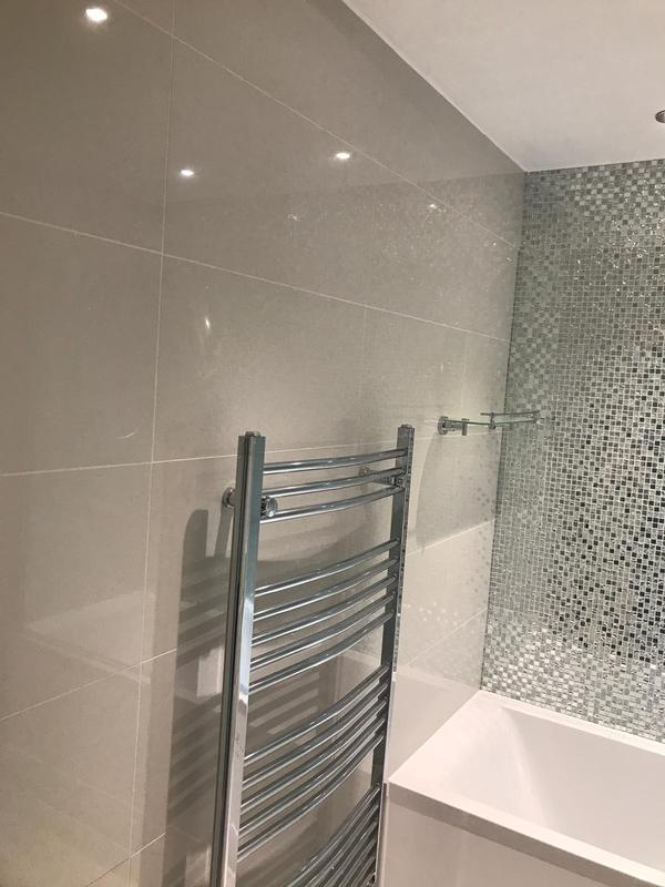 Image 11 - Fully new bathroom, Warley
