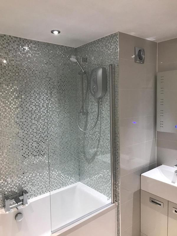 Image 12 - Fully new bathroom, Warley