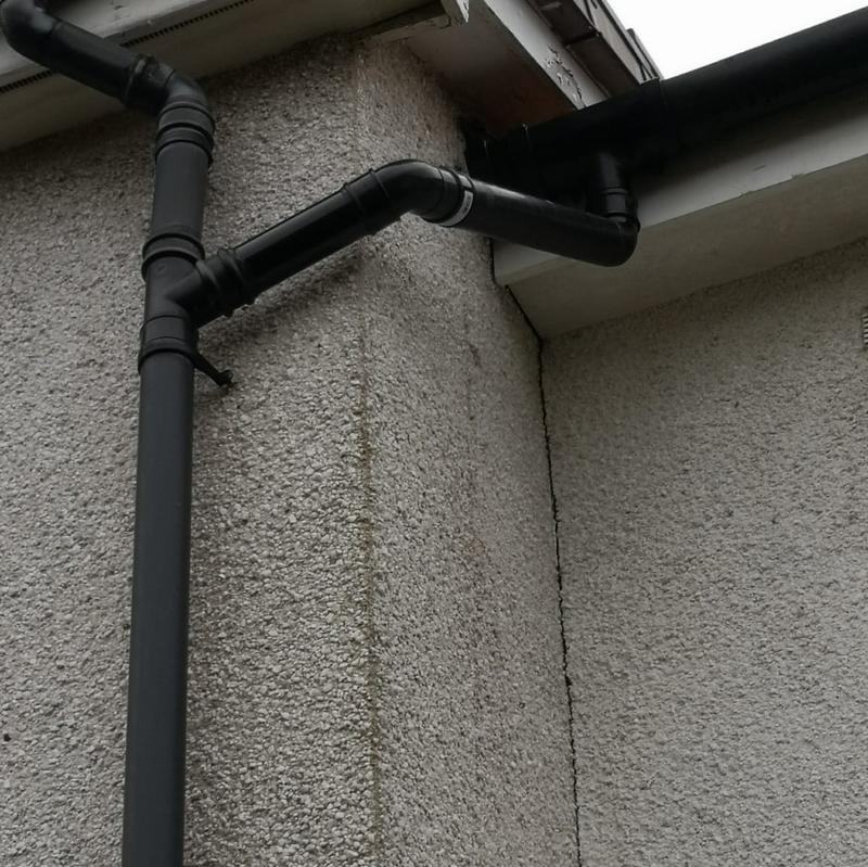 Image 32 - New guttering and downpipe