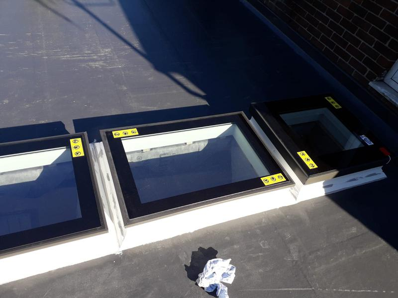 Image 156 - Fibreglass roof with new window