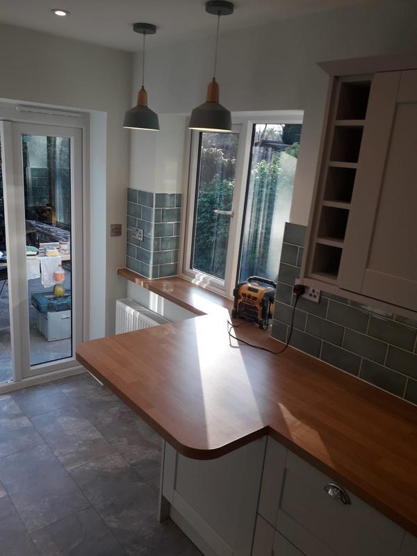 Image 199 - Full kitchen installation