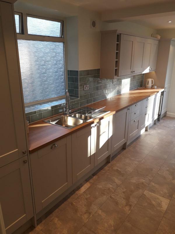 Image 140 - West Wickham:Kitchen installation