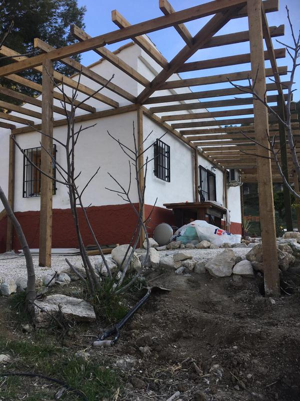 Image 23 - Big veranda roof corner