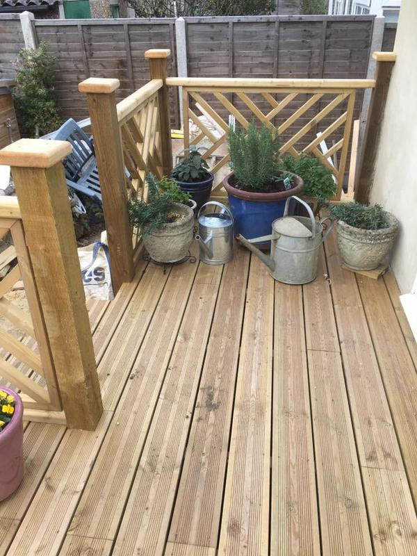 Image 48 - Decking and handrails with stairs