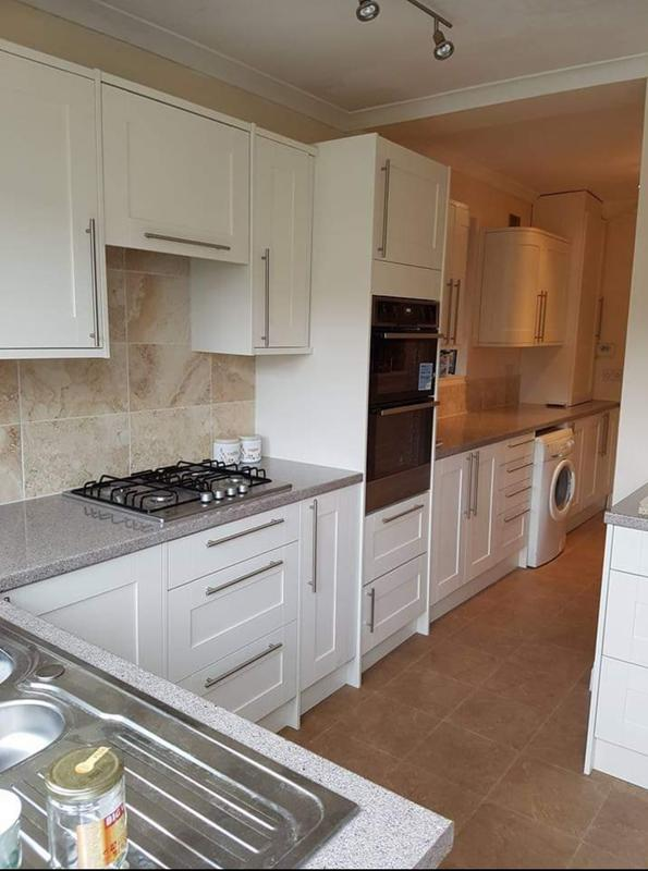 Image 19 - Chiswick kitchen pic 2