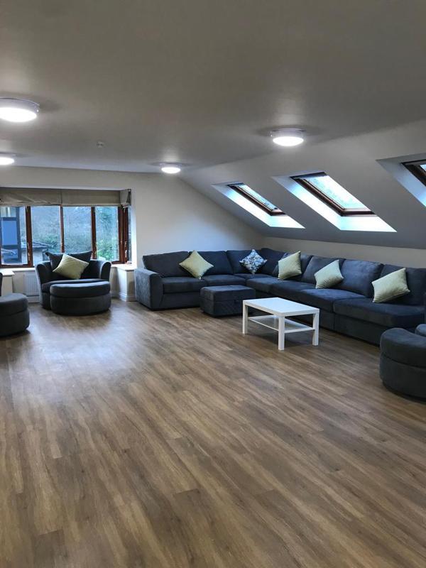 Image 66 - Carehome lounge area