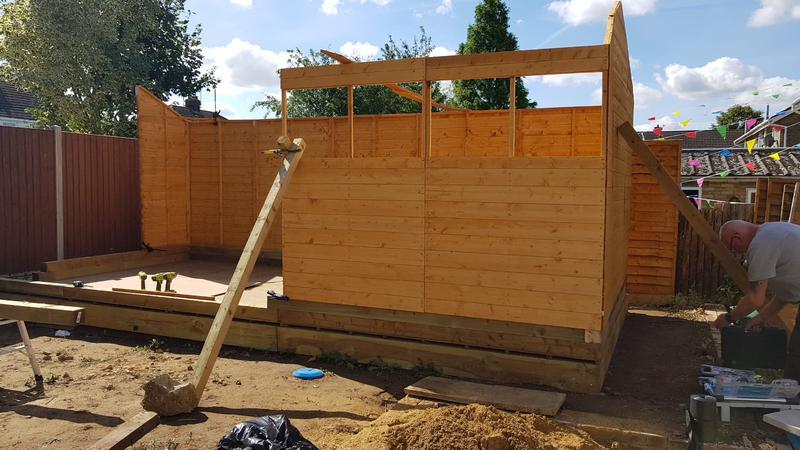 Image 291 - Large garden shed