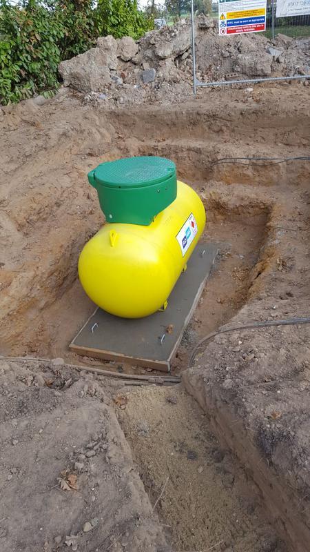Image 368 - Underground flo gas tank.