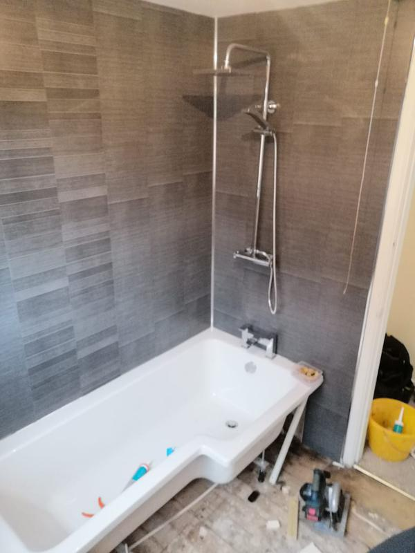 Image 4 - Bathroom 1 after.