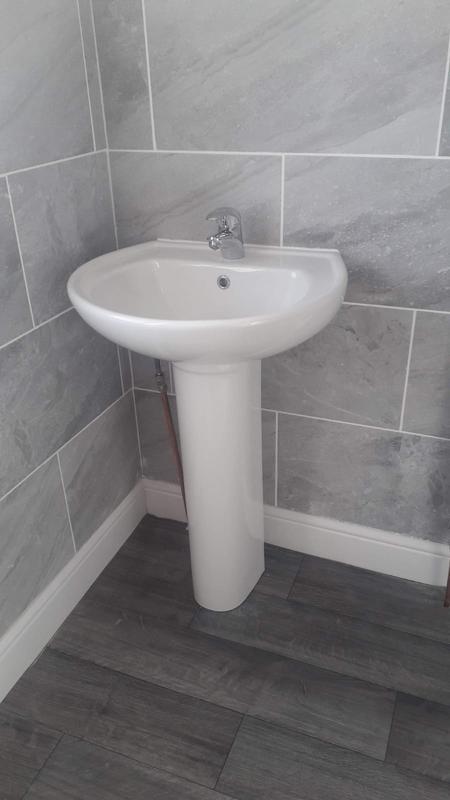 Image 20 - Bathroom 4 after.