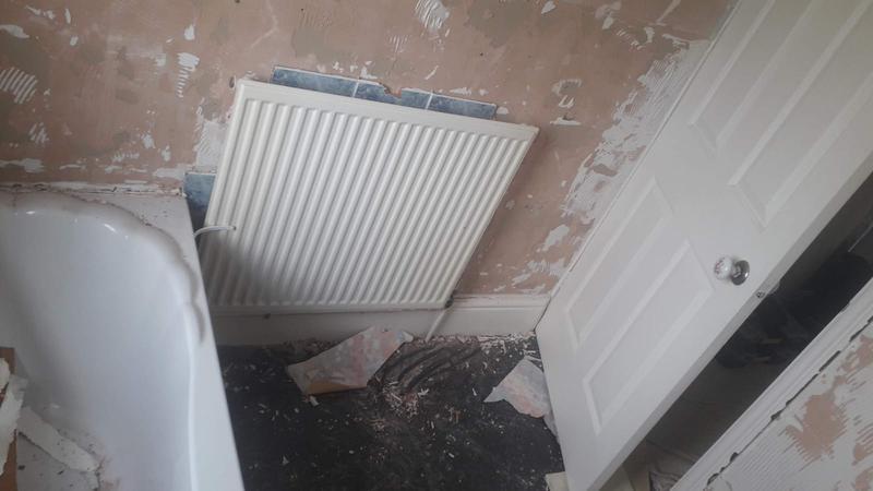 Image 26 - Bathroom 4 during.