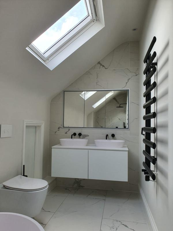 Image 31 - Roof extension ensuite