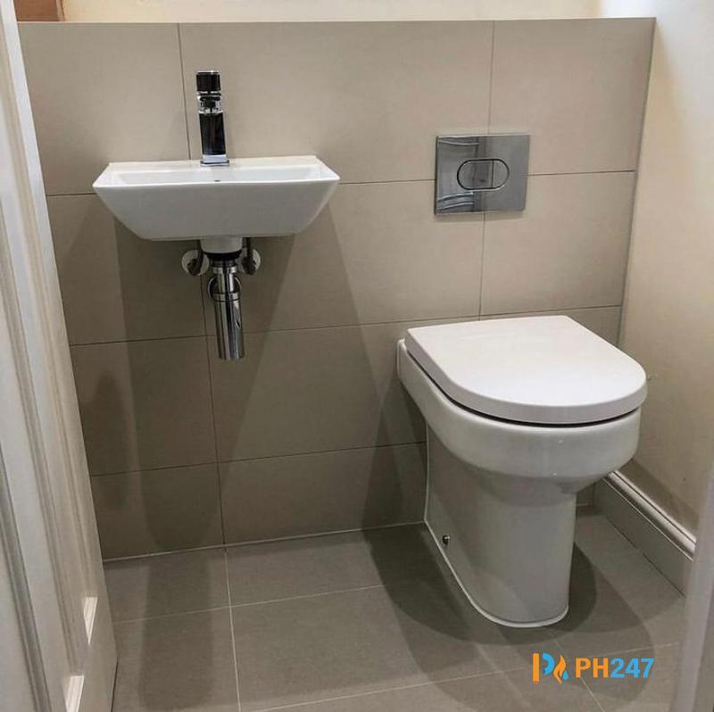 Image 13 - Wash Hand Basin & Toilet