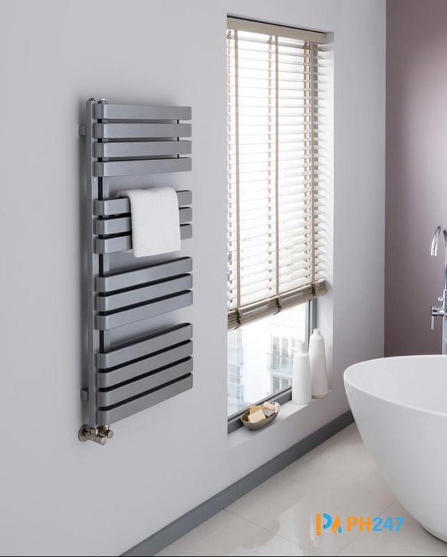 Image 14 - Towel Rail